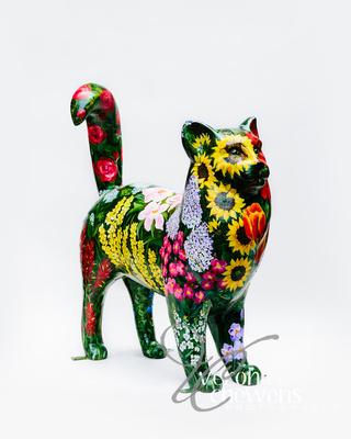 Veronica Chewens Photography: 2019 Cats &emdash; #23 Garden Ecatstacy 2