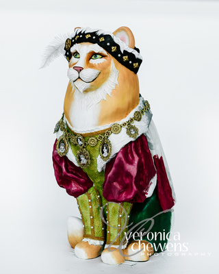 Veronica Chewens Photography: 2017 Catskill Cats &emdash; Henry the Vlll, 6 Wives-9Lives